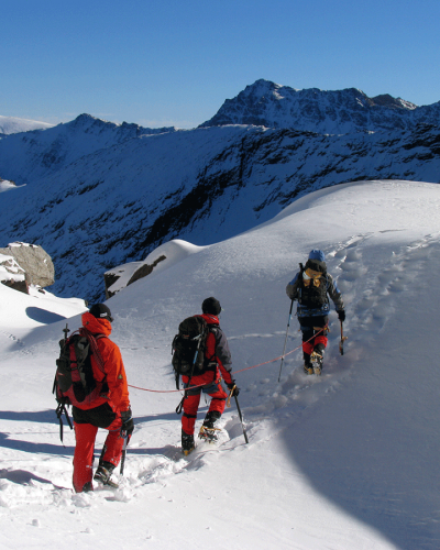 Introductory course to Mountaineering with Mamut Sierra Nevada in Corrales del Veleta